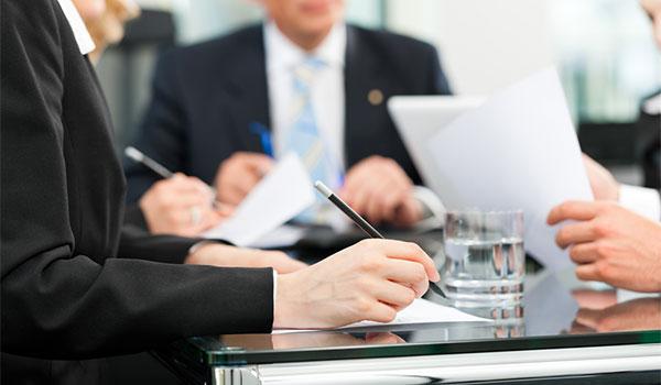 employment lawyer